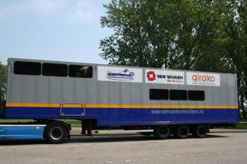 trailer4-500x333